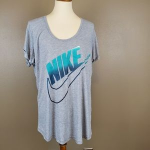 Nike Loose Fit Grey Graphic Tee Size XL